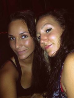 chillin friend weekend selfie