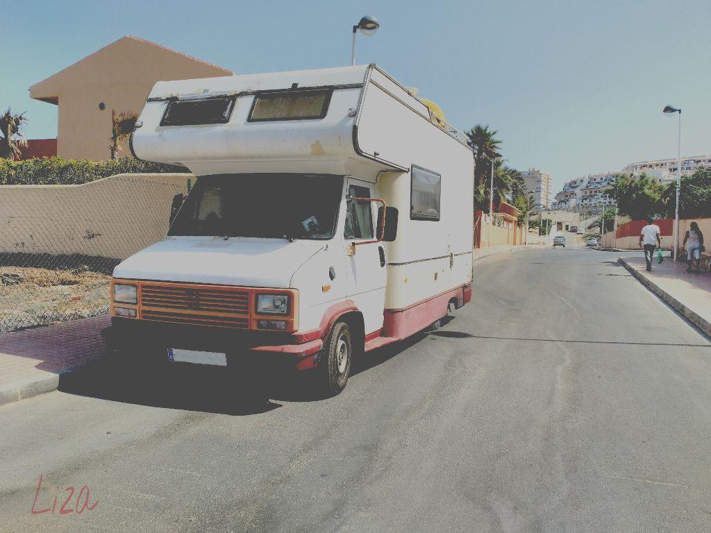 Viajando por la vida./ Traveling through life. #oldphoto #photography #retro #vintage #caravan