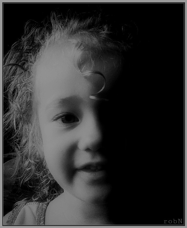 #sidelight #photography #blackandwhite #hdr