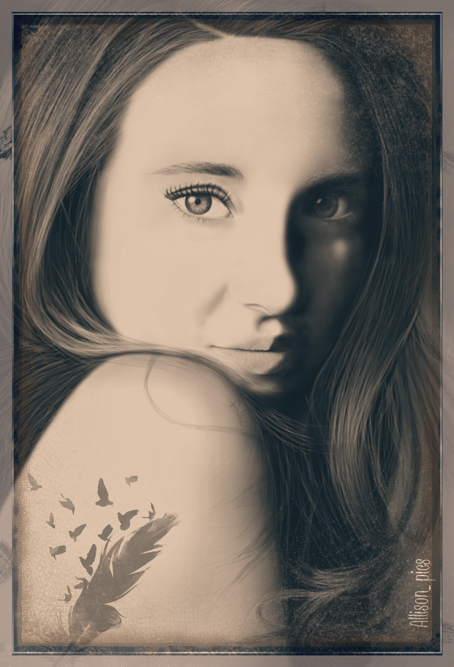 My drawing  #edited for daily tag #sidelight .See the original drawing in my @allio account  #shailenewoodley #sidelight #lightanddark #effect #vintage #free #mask