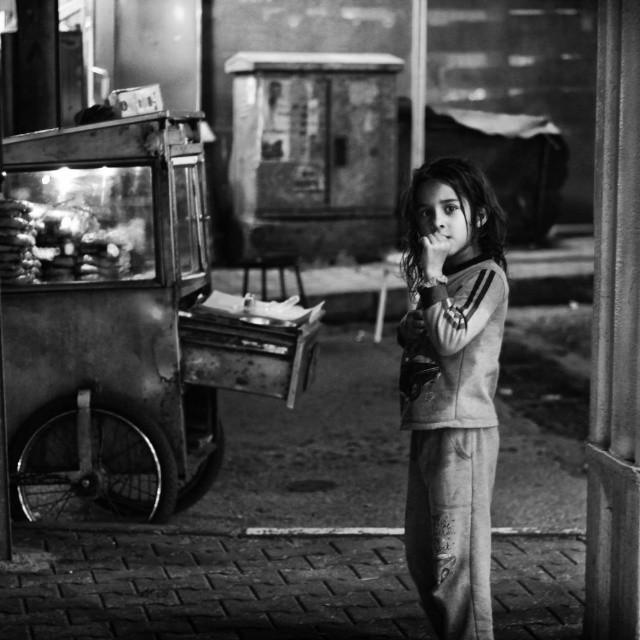 #blackandwhite #cute #people #bursa #turkey #portrait #street #streetphotography #people_storee_people #alone