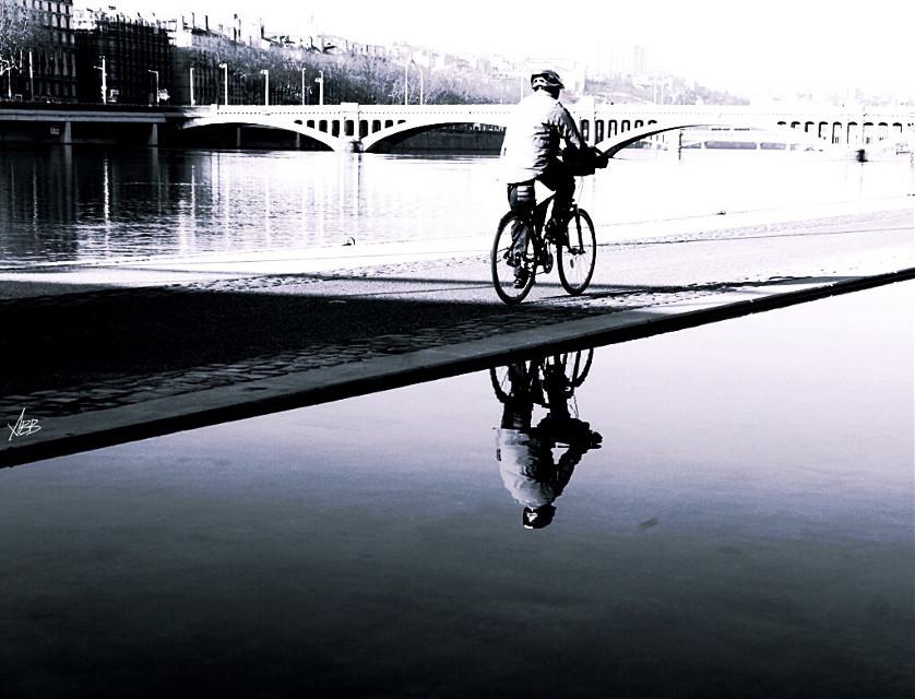 #shadows #black&white #reflection #Lyon #2014