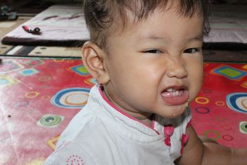 baby getsilly cute emotions